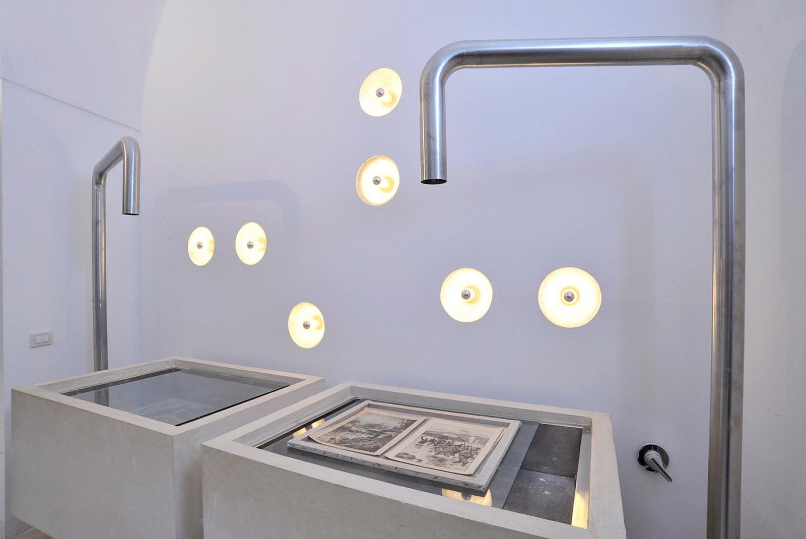 3-centre-for-paper-restoration-washing-paper-room1.jpg